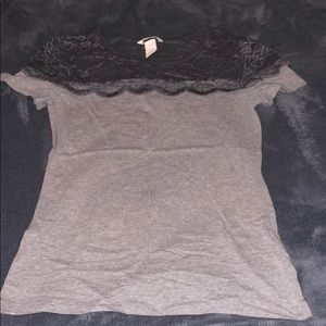 Gray tee with lace detail